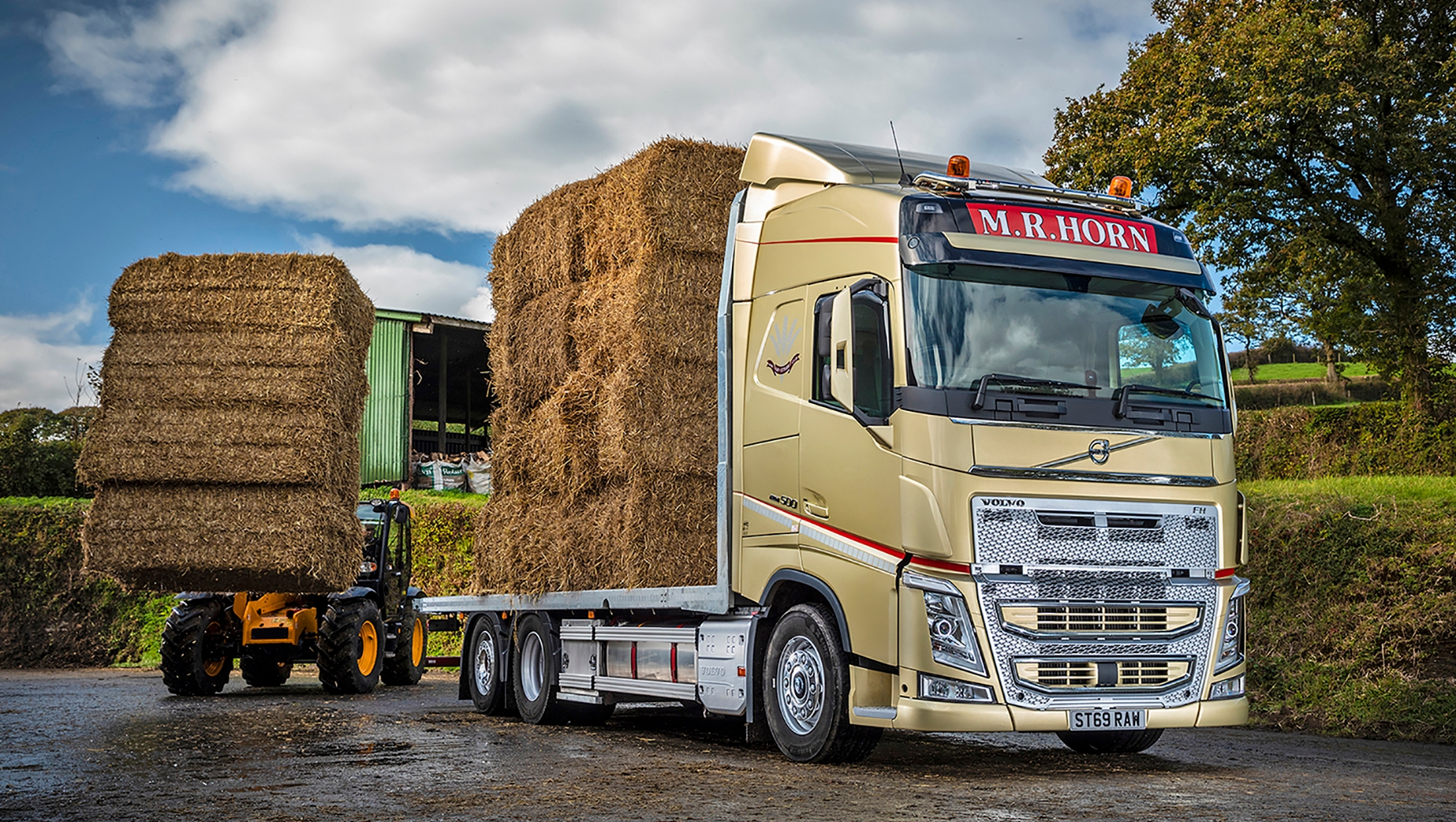 Devon based, M.R. Horn Transport Ltd has taken delivery of a special liveried gold Volvo FH 6x2 rigid to mark its 35th anniversary transporting hay and straw.