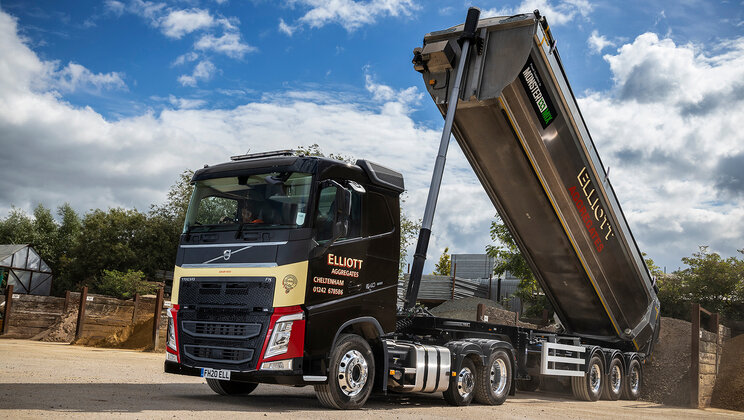 New Volvo FH Lite delivers top payload potential for Elliotts (Cheltenham)